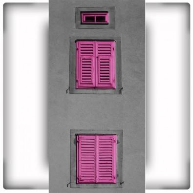Fototapeta różowe okiennice