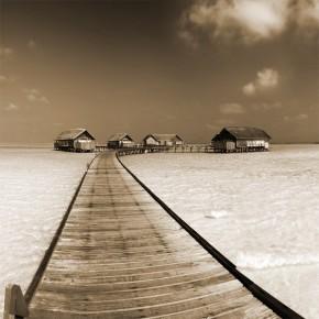 Drewniany pomost | Fototapeta krajobraz