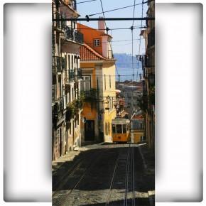 Fototapeta tramwaj w uliczce