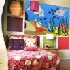 Dekoracj na ścianę pokoju dziecka - fototapeta z delfinami