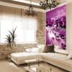 Fototapeta fioletowe miasto - aranżacja w salonie