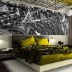 Fototapeta rowerowa panorama czarno biała do sypialni