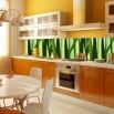 Deekoracja do kuchni między szafki w kolorze zielonym