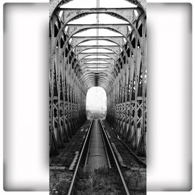 Fototapeta torowisko na moście