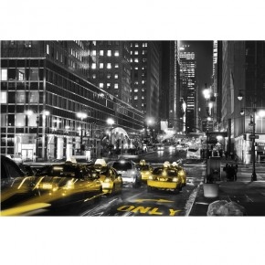 TAXI noc Third Avenue na Manhattanie