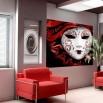 Dekoracja na ścianę z twarzą kobiety