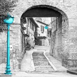 Fototapeta włoska uliczka z turkusowym akcentem